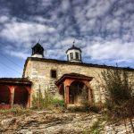 Една малко позабравена история – построяването на църквата в с. Малък извор, общ. Ябланица